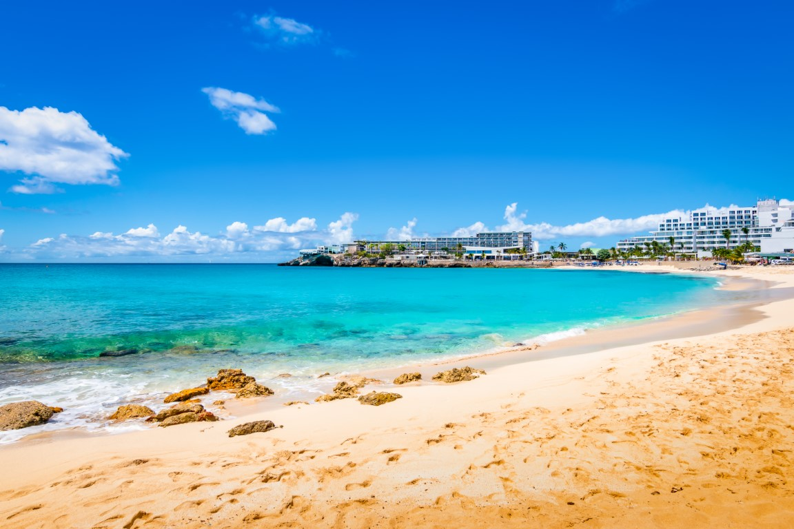 Maho bay beach, St Martin
